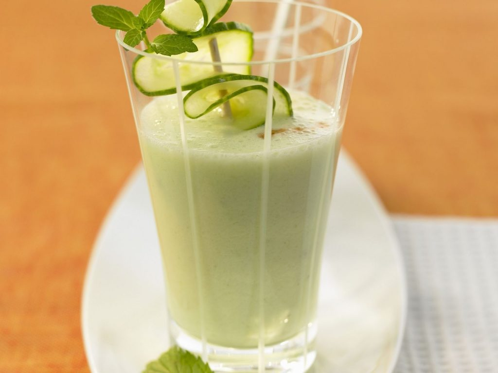 cucumber-buttermilk-smoothie